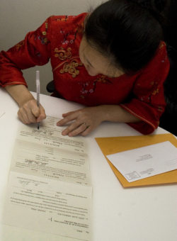 Signing a self-uniting marriage license